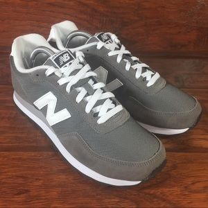 New Balance Low Top Shoes Mens 9 D ML411GS Gray